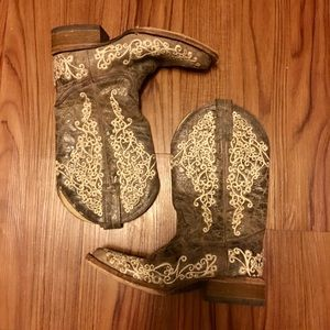 Ivory Embroidered Corral Boots